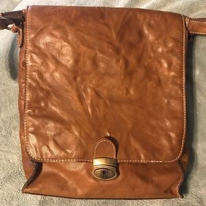 Wilson Leather vertical laptop bag